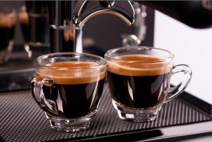 Bạn có thật sự phân biệt được các loại cà phê pha máy làm từ máy pha Espresso? - Ly cà phê pha máy Espresso
